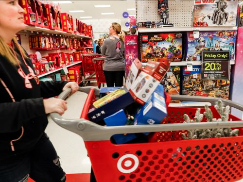 Target cash registers across America crashed for 2 hours, creating massive lines of frustrated customers in 'The Great Target Outage of 2019