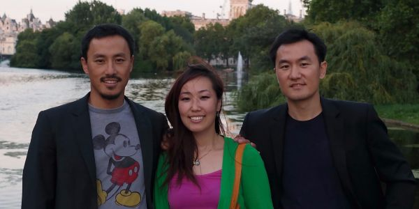 How three siblings built a startup that turns your book collection into a public library