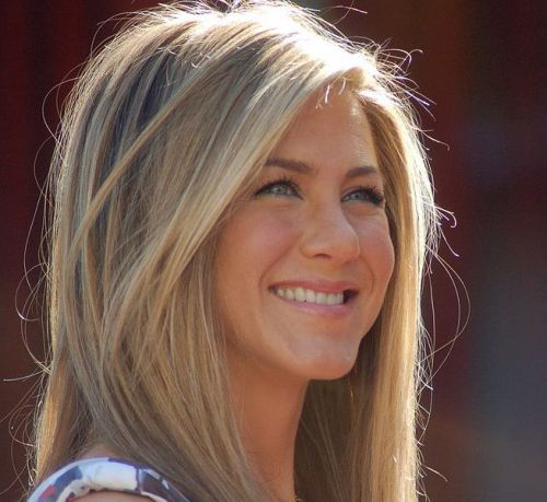 Jennifer Aniston and Other Stars Launching A 'Celebrities for Trump' Group Is False