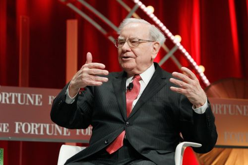 Suncor Energy is rallying after Warren Buffett's Berkshire Hathaway disclosed a $300 million stake