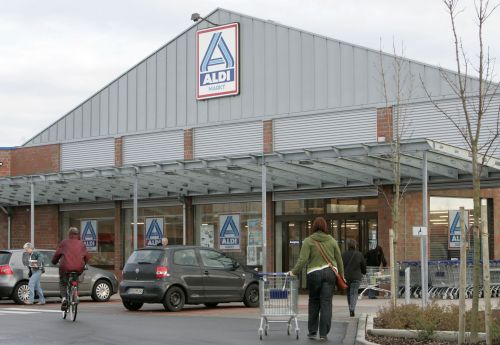13 things you never knew about Aldi, the German grocery chain that's coming straight for Walmart and Kroger