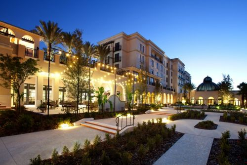 Award-Winning Alfond Inn Enhances Luxury Experience with In Room Wine by the Glass Powered by Plum