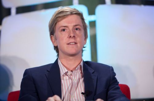 """Facebook co-founder says its rise reveals the fault lines destroying the """"American Dream"""""""