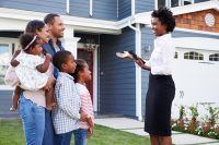 6 People Who Help You Buy Your First Home