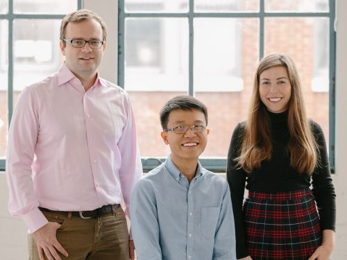 The founders of Lunchclub, a startup for making better professional connections, used this pitchdeck to raise $4 million in funding