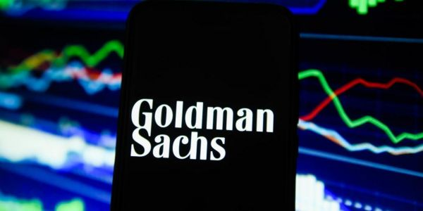 Goldman Sachs restarts cryptocurrency trading and will begin trading bitcoin futures for clients next week, report says