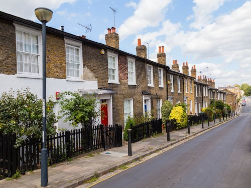 UK government could ban gazumping to tackle stressful house-buying