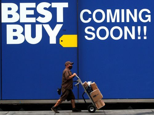 Best Buy beat analyst expectations for the third quarter by posting $11.8 billion in revenue - and online sales almost tripled