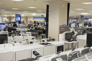 Sears CEO's fund submits proposal to buy Kenmore, home improvement division