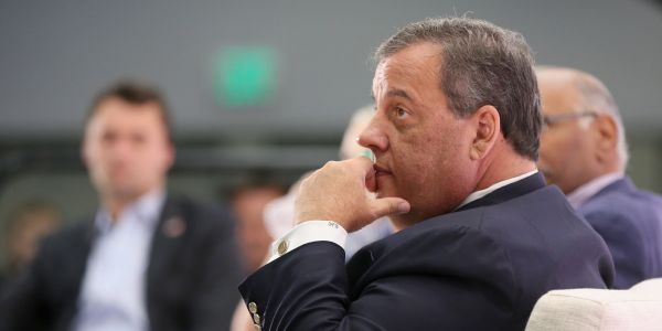 Chris Christie asks Trump to take his name out of consideration for White House chief of staff