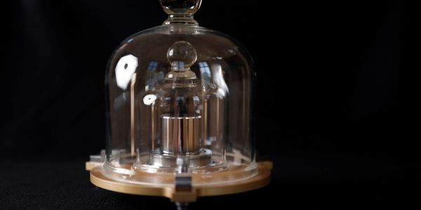 Scientists just ditched the single lump of metal that defined the kilogram for 129 years for a better measure