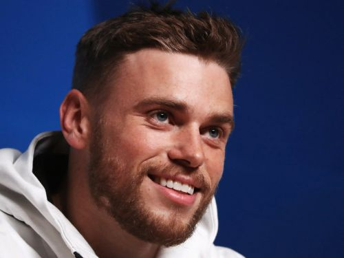 Olympian Gus Kenworthy shared a new photo of his severely bruised hip - and it's still looking rough