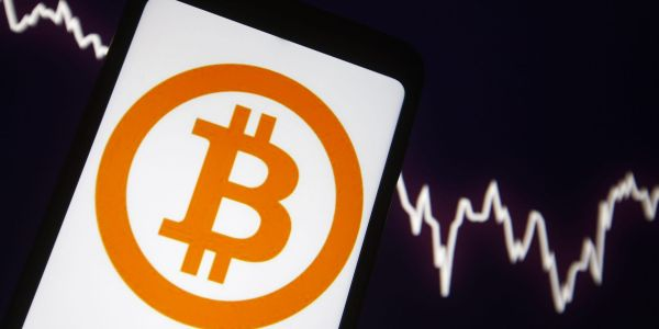 Bitcoin surges 8% amid Citi comments, China region mining ban