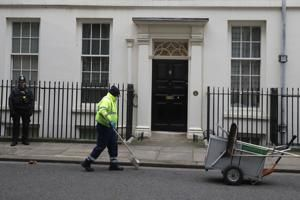 UK extends job support, tax breaks for pandemic-hit economy