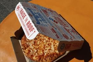 U.S. pizza sales, booming in pandemic, start to slow
