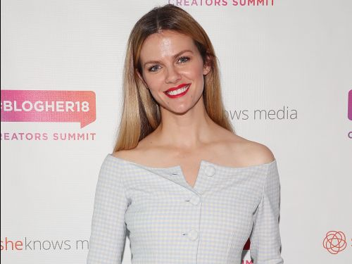 Model Brooklyn Decker just cut off a bunch of her hair to donate - and now it's a peachy rose