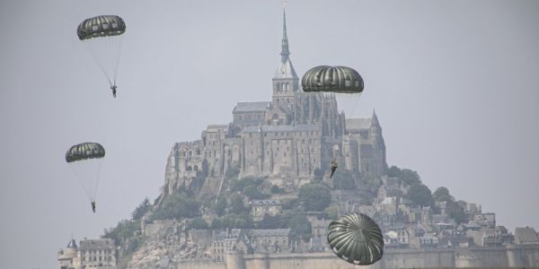 US Green Berets honoring their WWII past just dropped into one of the world's most stunning places