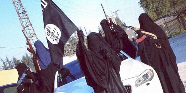 ISIS bride from Alabama who urged people to drive pick-up trucks into crowds on Veterans Day wants to come back to the US: 'Please forgive me'