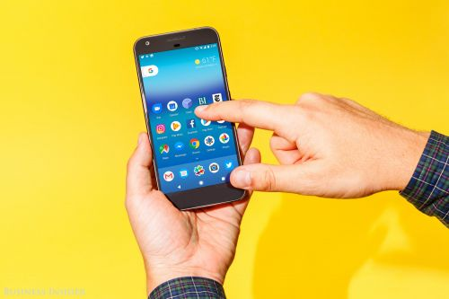 Google is working on a cheaper new smartphone that could rival the iPhone XR, report says