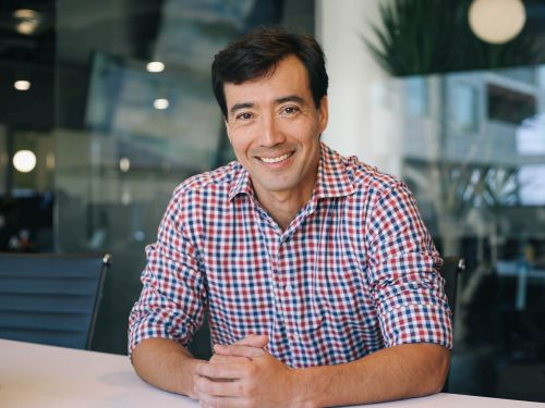 The founder of billion-dollar startup Carta dissects the pitch decks that helped him raise $448 million