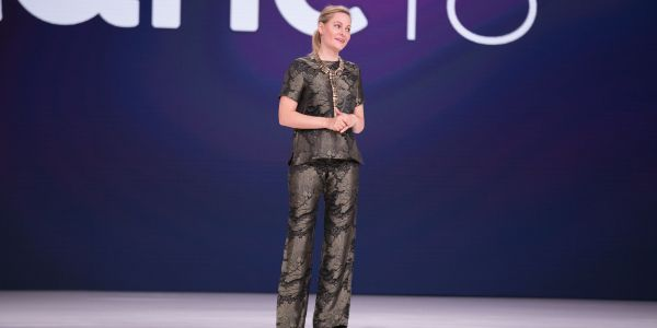 Stranger Things star Aimee Mullins has done a decade of inspiring Ted Talks - her tips will help anyone be a better public speaker