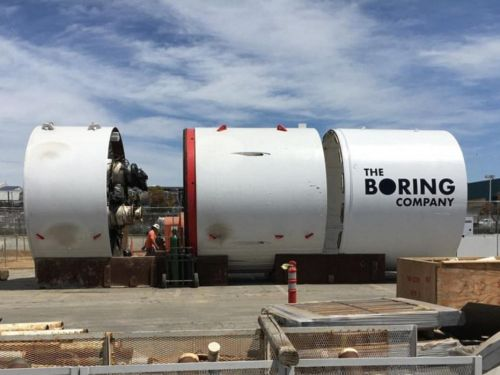 Some SpaceX investors are reportedly concerned Elon Musk is using their money for his Boring Company venture