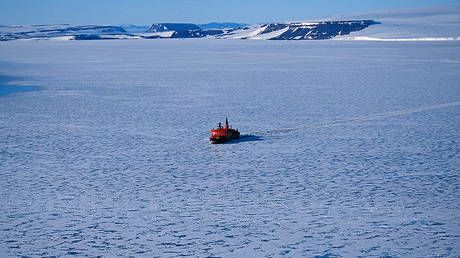 Russia's Arctic shipping route to attract over $11 billion in investments