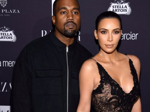 Kim Kardashian called out Kanye West for showing off their house on Twitter