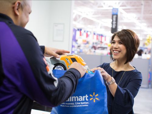Walmart is unleashing a key weapon against Amazon in 500 more stores