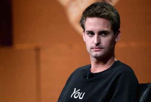 Snap's 110% moonshot this year still isn't enough to get Wall Street rooting for it