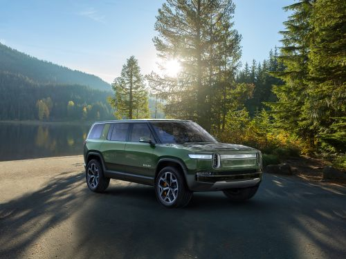 Rivian debuts an electric pickup and SUV designed to look good while getting dirty
