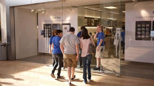 Apple stores are slammed because of the $29 battery replacement offer - but not everyone needs a new battery