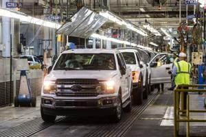 Suit seeking $1.2B says Ford falsified F-150 fuel economy tests
