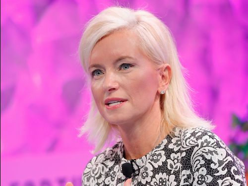 Facebook's Carolyn Everson says that advertisers should focus on its massive reach instead of narrowly targeting consumers