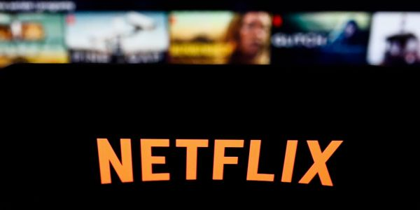 SEC charges Hollywood actor with operating a $690 million Ponzi scheme based on fake Netflix deals