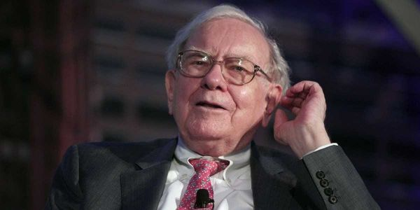 Veteran investor Eric Schleien explains why Warren Buffett's Berkshire Hathaway invested in Verizon and Chevron, sold Pfizer, and slashed its Apple, JPMorgan, and Wells Fargo stakes