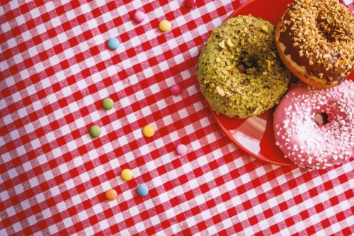 Dos and Doughnuts: Content Marketing Lessons from the Krispy Kreme and UberEATS Campaign