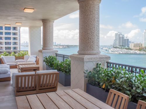 I toured a $16 million condo in the country's richest ZIP code, a private island off the coast of Miami. Take a look inside the luxury residence, which is only accessible by boat