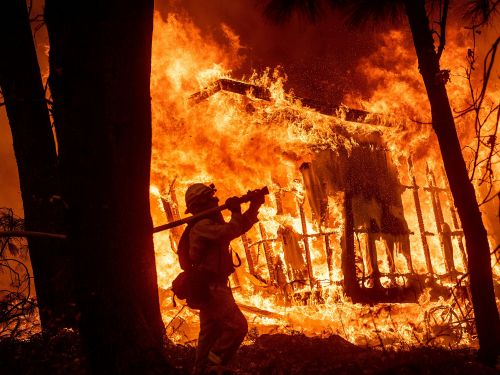 A $21 billion hedge fund has doubled down on PG&E since the California wildfires - here's why