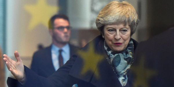 Live: Theresa May battles for survival ahead of Conservative party no confidence vote