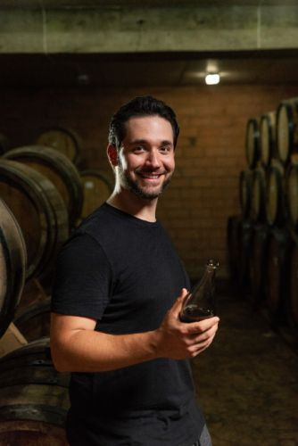 Reddit co-founder Alexis Ohanian brings Armenian brandy to the US