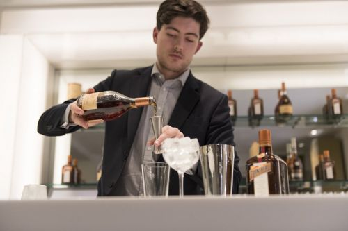 This is the difference between Cognac and brandy, and 6 other things you didn't know about the grape-based drink