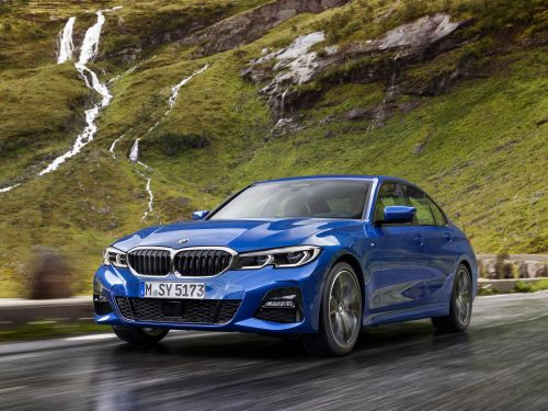 The all-new 2019 BMW 3 Series just debuted at the Paris Motor Show and it has a high-tech feature that could give it an edge against Audi and Mercedes