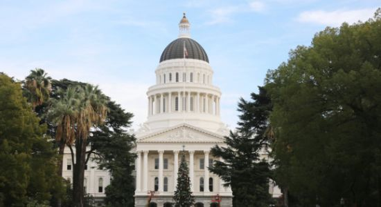 California Senate passes bill to define more gig economy workers as employees