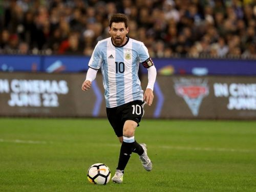 Argentine soccer hero explains why Leo Messi is underappreciated in his home country