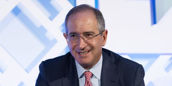 NBC-owner Comcast gatecrashes Fox's takeover of Sky with a £22 billion bid