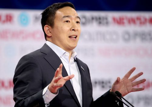 '3-day weekends are better': Andrew Yang says the US should 'seriously' consider switching to a 4-day workweek to boost people's mental health