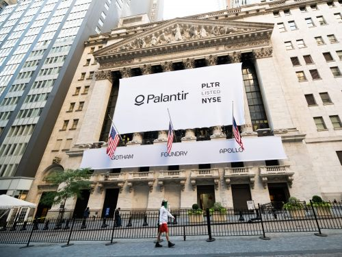 Palantir shares rise on deal with PG&E to enhance safety and reliability of California's electric grid