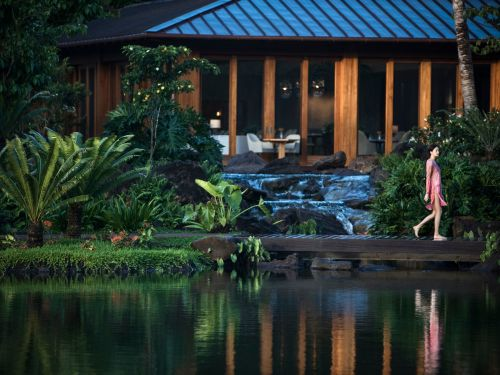 See inside Larry Ellison's Hawaiian island wellness retreat, a $1,200-per-night luxury spa where guests track their health data and learn how to live longer lives