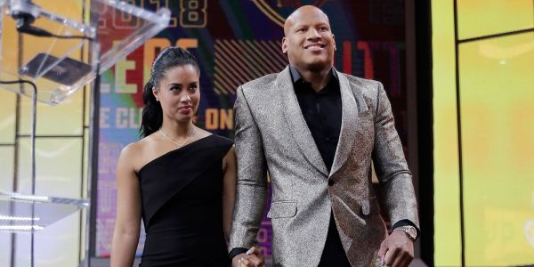 Steelers linebacker Ryan Shazier walked on to the NFL Draft stage 4 months after scary spinal injury